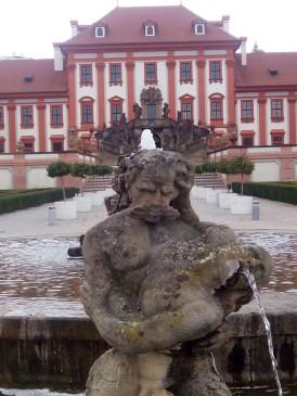 Troja-Brunnen